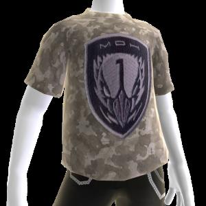 Camiseta con parche de la Fuerza de combate Mirlo